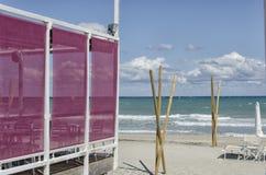 在海滩的大阳台 库存图片