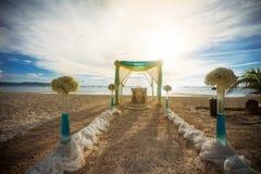 在海滩的婚礼 库存图片