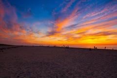 在海滩的惊人的日落,鳕鱼角,美国 免版税库存照片