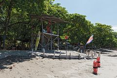 在海滩的救生员驻地在Puntarenas,哥斯达黎加南部的太平洋 库存照片