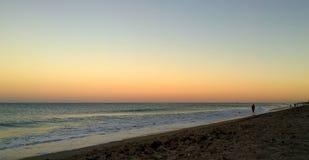 在海滩的日落在佛罗里达 库存照片