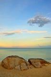 在海滩的石头 免版税图库摄影