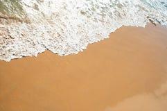 在海滩的软的通知 免版税库存照片