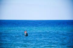 在海的一个浮游物 库存图片