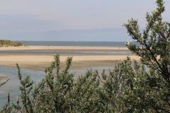在海的一幅全景从沙丘 图库摄影
