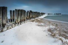 在海的冬天风景在波兰 免版税图库摄影
