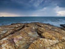 在海的多暴风雨的天气 图库摄影