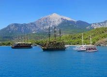 在海的帆船 免版税库存照片