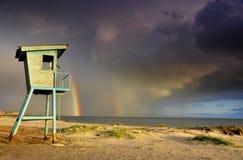 在海的彩虹 免版税库存照片