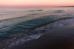 在海的日出颜色 免版税库存图片