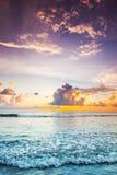 在海的日落巴厘岛的 图库摄影