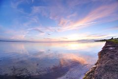 在海的日落 库存图片