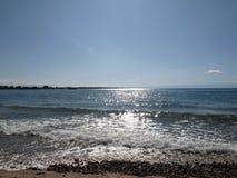 在海的早晨光 免版税库存图片
