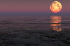 在海的月亮 库存图片