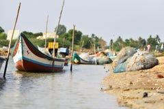 在海的渔船钓鱼死水区域背景和背景的地方 库存图片