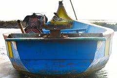 在海的渔船钓鱼死水区域背景和背景的地方 免版税库存照片