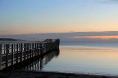 在海的美丽如画的码头,海葬 图库摄影