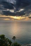 在海的美好的日落在泰国 免版税图库摄影