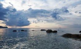 在海的讨厌的天气 库存图片