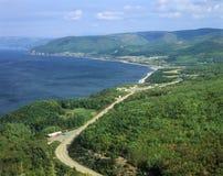 在海角不列塔尼人新斯科舍,加拿大的宜人的海湾视图 免版税库存图片