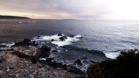 在海角伊丽莎白,缅因的多岩石的海滩 库存图片