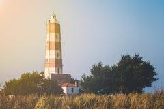 在海角沙布拉的灯塔在黑海海岸 免版税库存图片