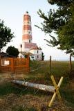 在海角沙布拉的灯塔在黑海海岸 免版税库存照片