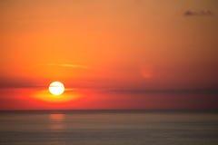 在海角Fiolent的日落在克里米亚 免版税库存照片