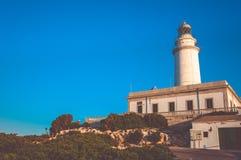 在海角Formentor,马略卡,西班牙的灯塔 库存图片