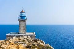 在海角Tainaron灯塔的灯塔在玛尼希腊 库存图片