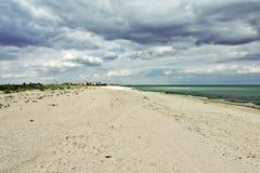 在海边的积云 免版税库存图片
