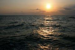 在海运日出 免版税图库摄影