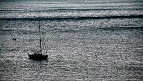 在海运的小船 股票视频