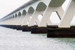 在海运的桥梁 图库摄影