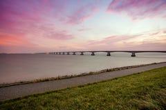 在海运的桥梁 免版税库存图片