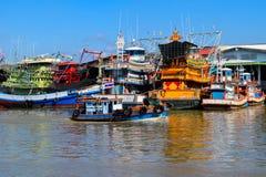 在海运的渔船 免版税库存图片