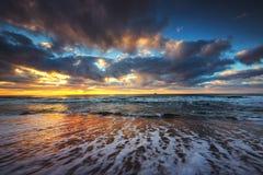 在海运的美好的cloudscape 免版税库存照片