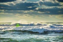 在海运的美好的cloudscape 图库摄影