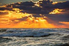 在海运的美好的cloudscape 库存图片