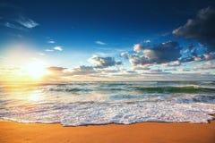 在海运的美好的cloudscape 免版税图库摄影