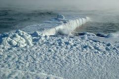 在海运蒸汽风暴冬天 免版税库存照片