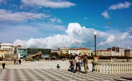 在海附近的云彩 免版税库存照片