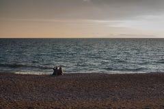 在海附近的休息 免版税库存图片
