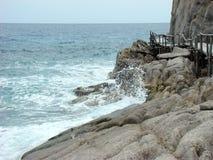 在海附近的足迹 免版税库存图片