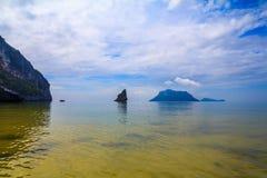 在海,泰国的早晨薄雾 免版税库存图片
