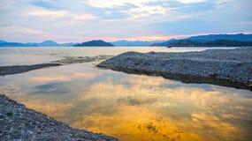 在海,海的日落风景在晚上 库存照片