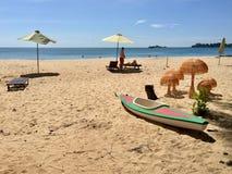 在海滩上花费业余时间 免版税库存图片