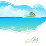 在海洋中间的海岛 免版税库存照片