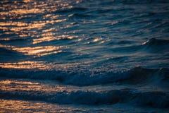 在海滩和海的日落 库存照片