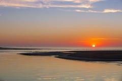 在海滩和海洋的日出Corson&的x27; s入口 免版税图库摄影
